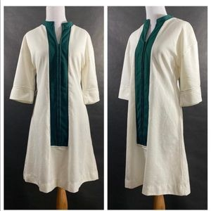 Mod White/Green Dress, Zips up the Front